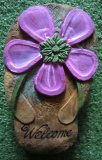 Hand Painted - Plaque Thong With Flower Welcome